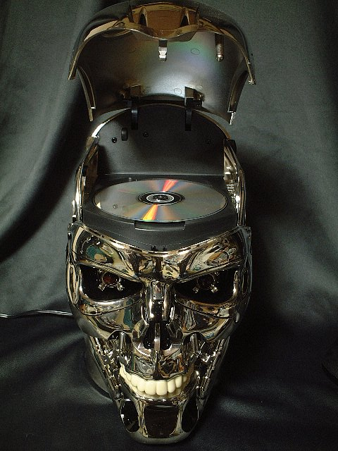 Poze MaxFun.ro » Terminator CD player